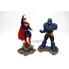 Figuras Superman y Darkseid Schleich