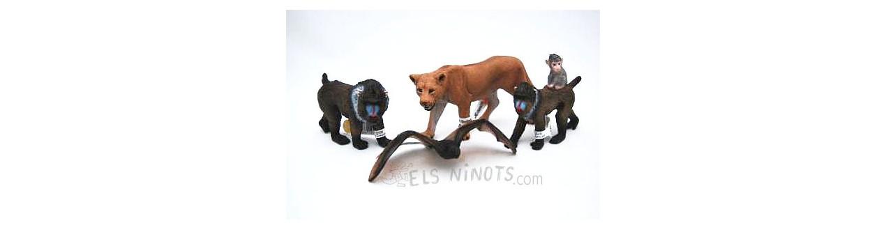 Figuras de animales de la marca Papo y Schleich